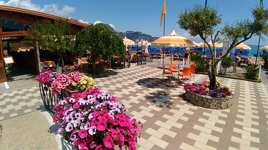 giardini naxos restaurante bune